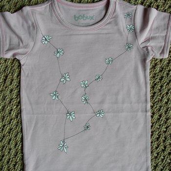 Bobux T-shirt Margrietjes. Maat 1 jaar