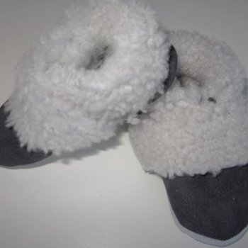 MENU Baby shoes Slofje Lamsleder gevoerd met lamswol