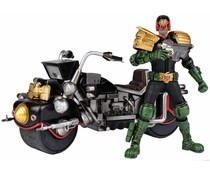 1/12 Judge Dredd + Lawmaster MK1 (2000AD) by Ashley Wood