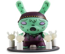 Lady Fox 1/24 - Scared Silly  Dunny series