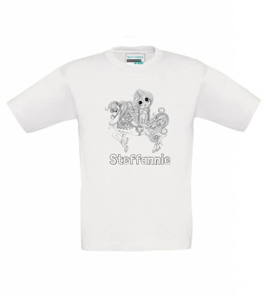 Kleur je eigen t-shirt met naam - pony