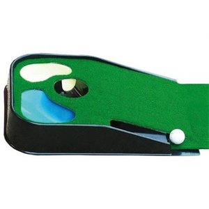 Legend Puttingmat with Ball Return and pond