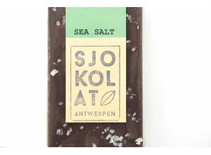 SJOKOLAT A bar of dark chocolate with sea salt