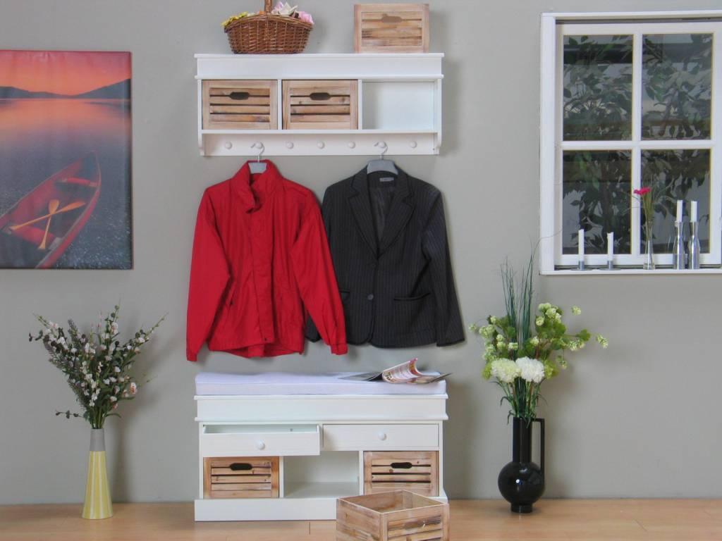 Houten Slaapkamer Meubels : meubel wit met houten manden Welkom ...