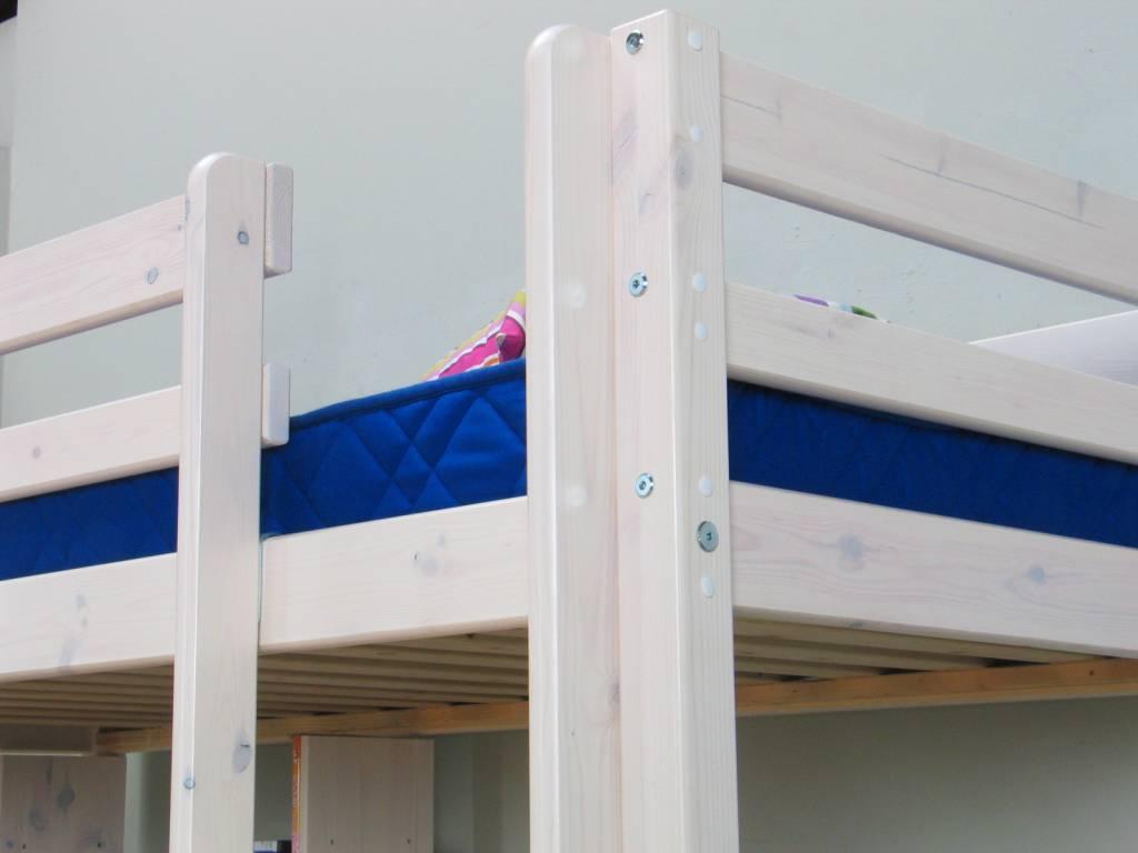 Thuka hoogslaper wit met bureau bank en kussenset blauw thuka - Keuken blauw en wit ...