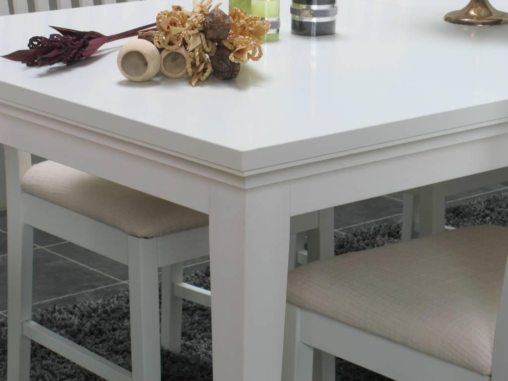 Tvilum Eethoek Venetië wit ruime tafel met 6 eetkamerstoelen ...