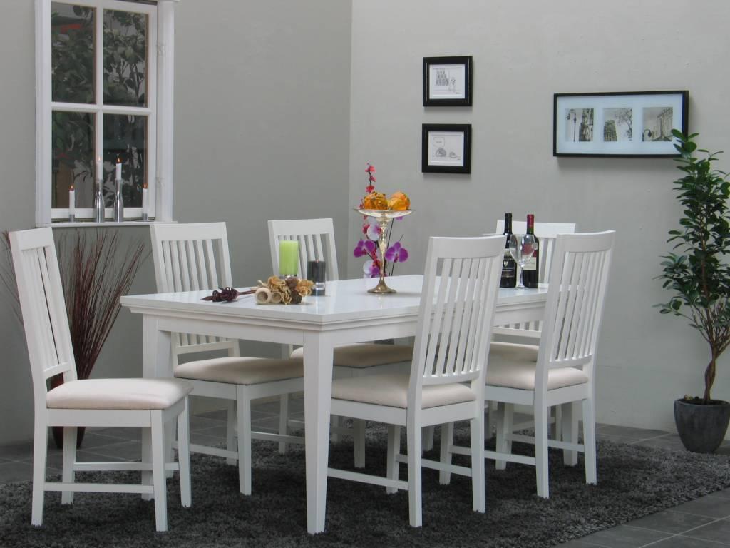 Eethoek Venetië wit ruime tafel met 6 eetkamerstoelen