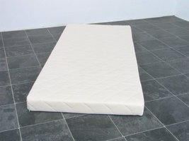 Schuimmatras off white 90x200