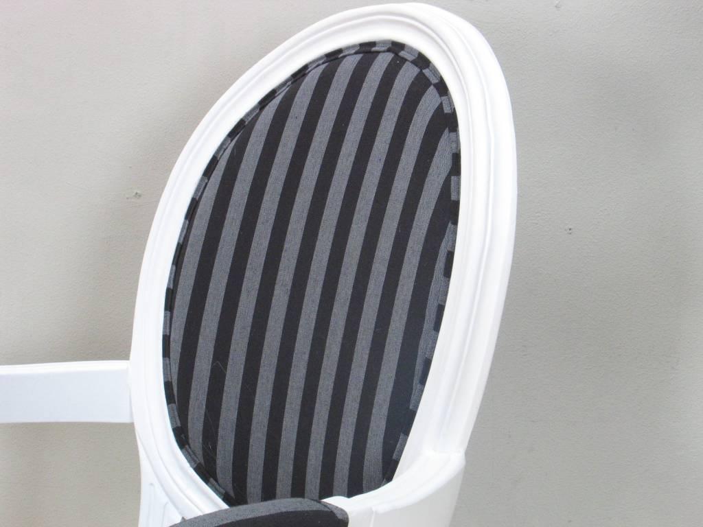 Witte stoel met armleuning rococo met zwart gestreepte bekleding online meubels - Zwart witte tiener slaapkamer ...