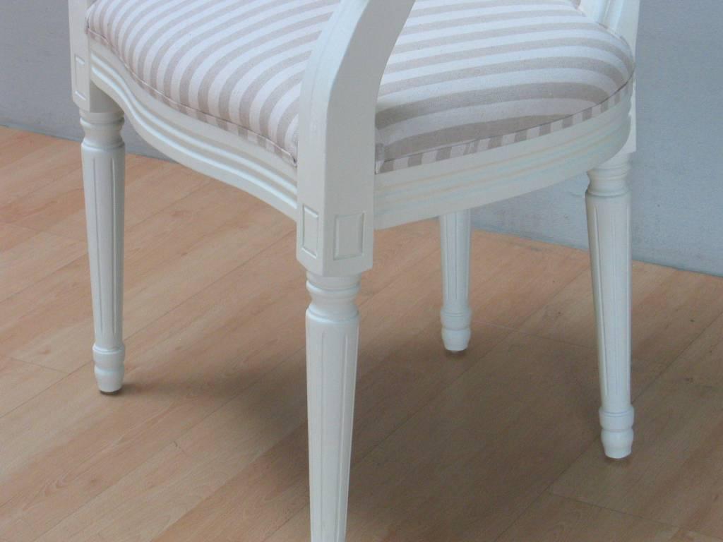 Witte Eetkamer Stoel : Rococo eetkamerstoel met armleuning antiek wit