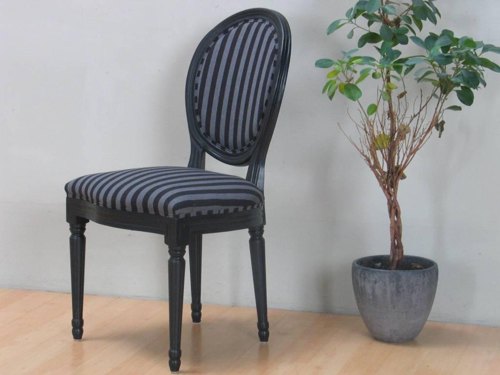 Mozart zwarte eettafel met 6 zwarte stoelen Rococo - hioshop.nl ...