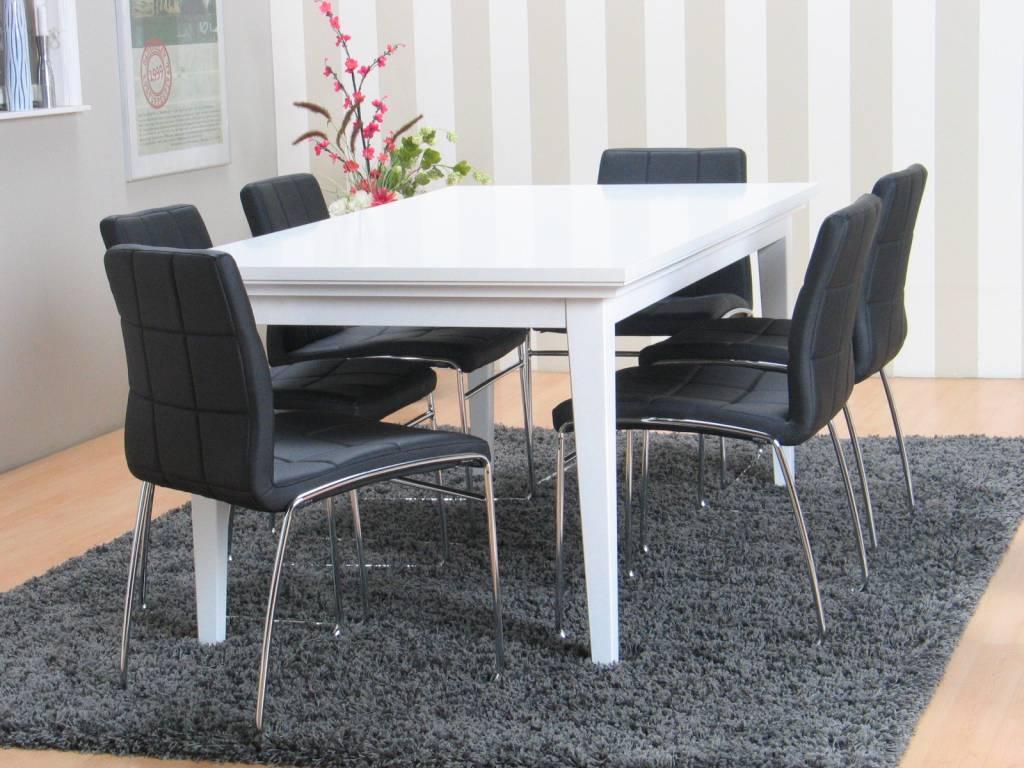 Eethoek wit excellent i i inspiratie eettafel of eethoek for Goedkope witte stoelen