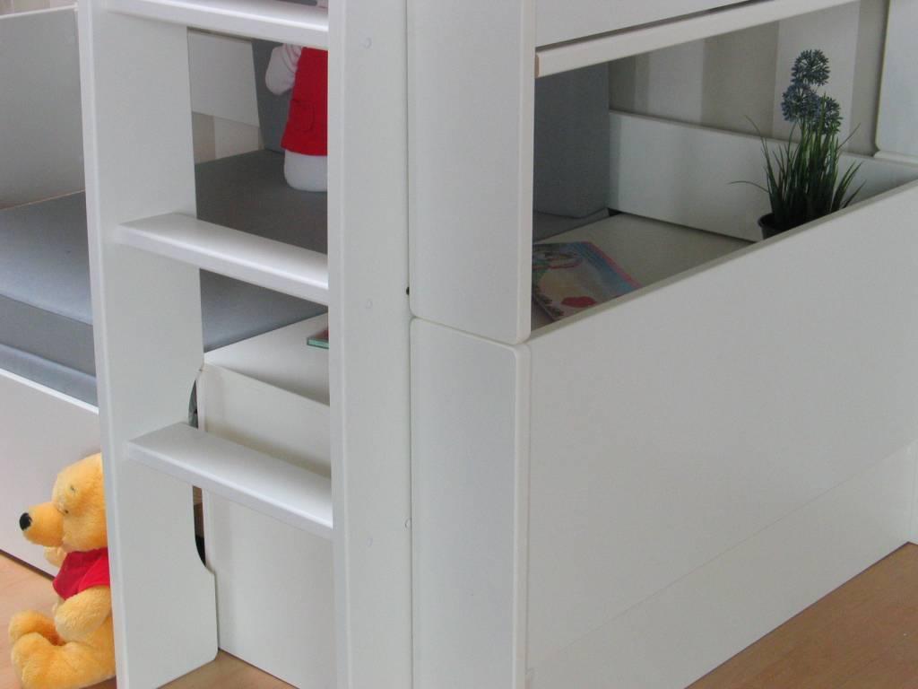 Hoogslaper met bankje en rode kussenset Oliver Kids - hioshop.nl ...
