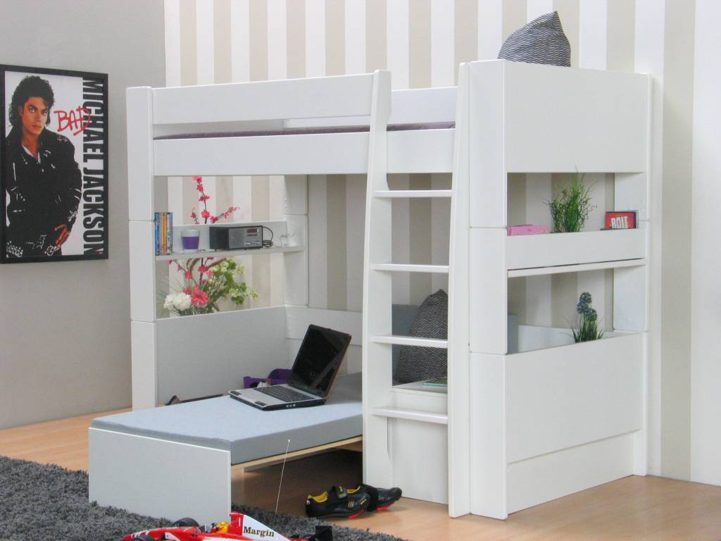 Hoogslaper Manchester Bed Bureau Kast En Kledingkast In
