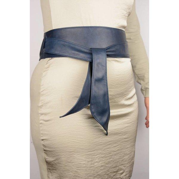 Blauwe nappa riem met lus (knoopriem)