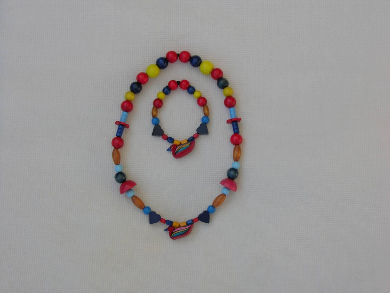 collier et bracelet pour les enfants alba toys. Black Bedroom Furniture Sets. Home Design Ideas