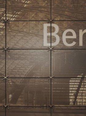 Dutch Wallcoverings fotobehang City Love Berlin Vintage Brown CL01C