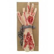 Horror-Zubehör: Amputierte Hand an Kette