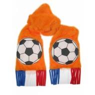 Voetbalfeest: Oranje sjaals