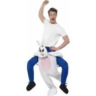 Gedragen door konijn pluisje