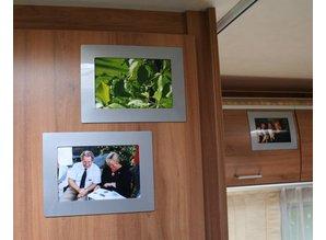ZILVER GRIJZE Her-Plakbare Fotolijstjes 1 x set 2 lijstjes ( voor foto's van 10 x 15 cm )