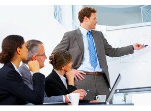 Konsultationen über die Einrichtung Firma