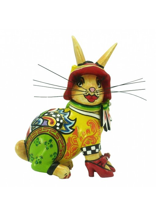 Toms Drag Hare Little Betty - seated -