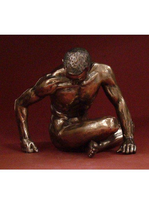 BodyTalk Bodybuilder sculptuur zittende naakt - L