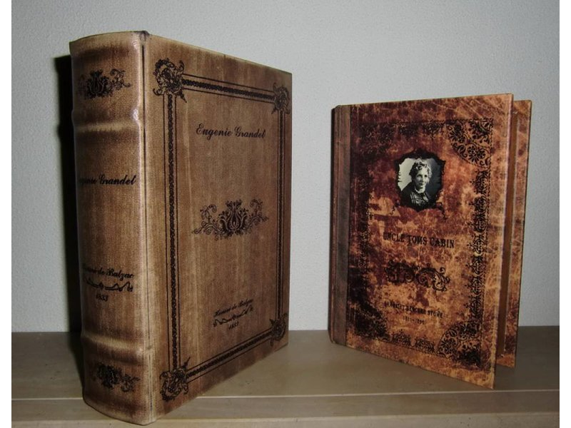 Baroque house of classics nostalgische boekenkluis set met geheim vak decovista kunst en - Geheime deco ...