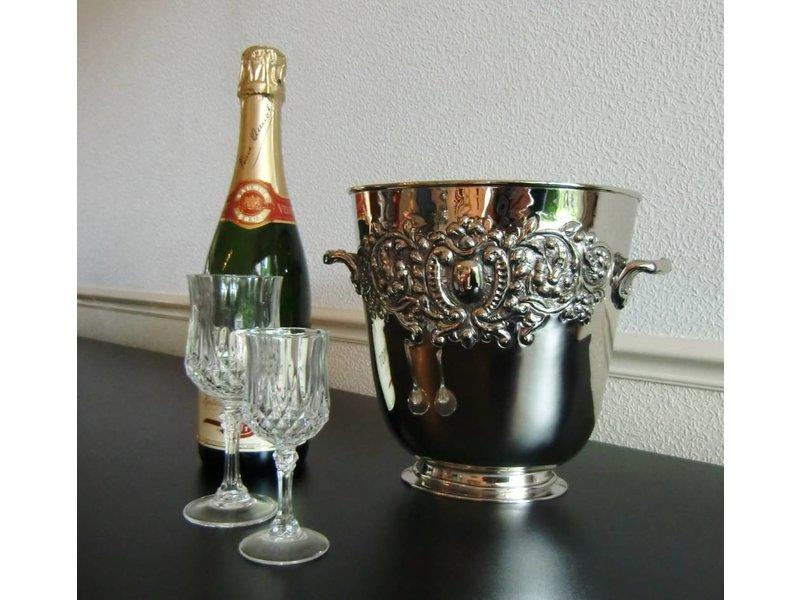 Wijnkoeler Met Licht : Sfeervol relaxen bij de haard met een gevulde champagne wijnkoeler