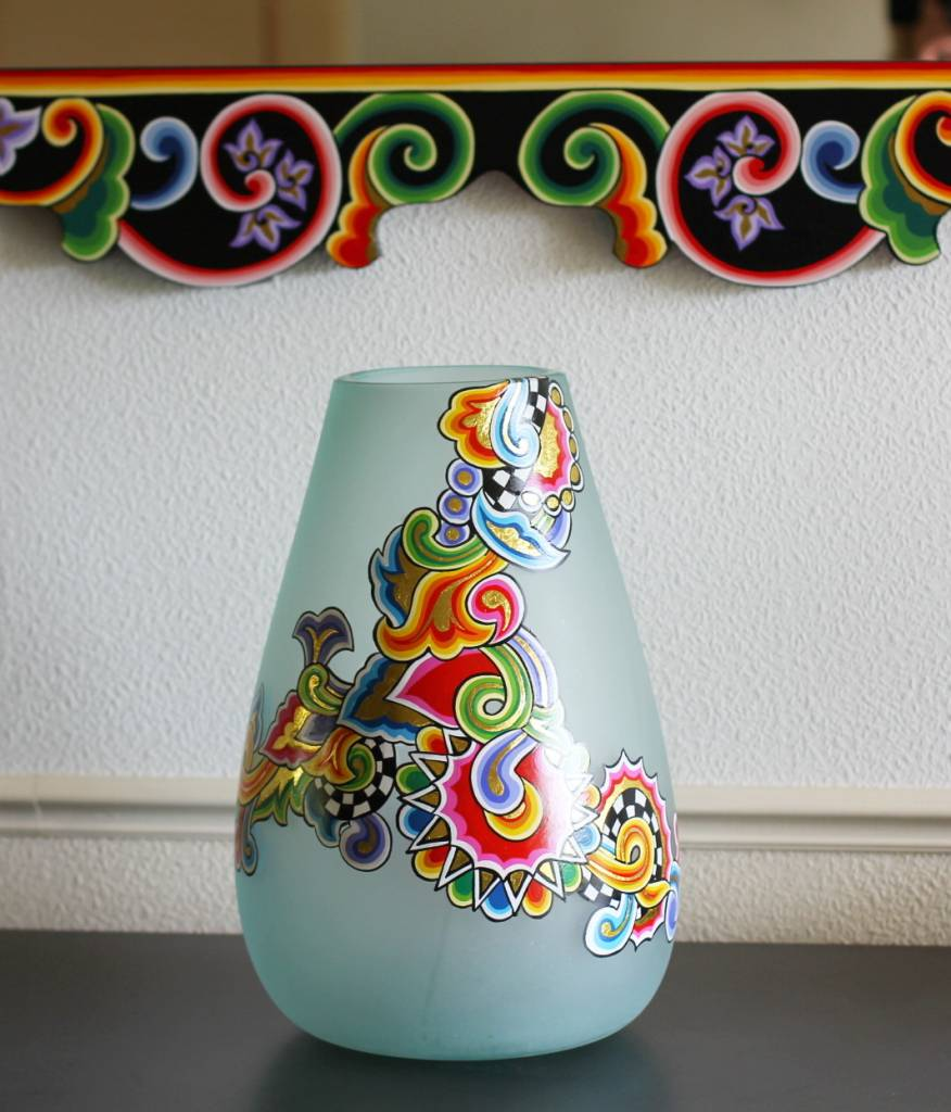toms drag runde vase aus glas decovista. Black Bedroom Furniture Sets. Home Design Ideas