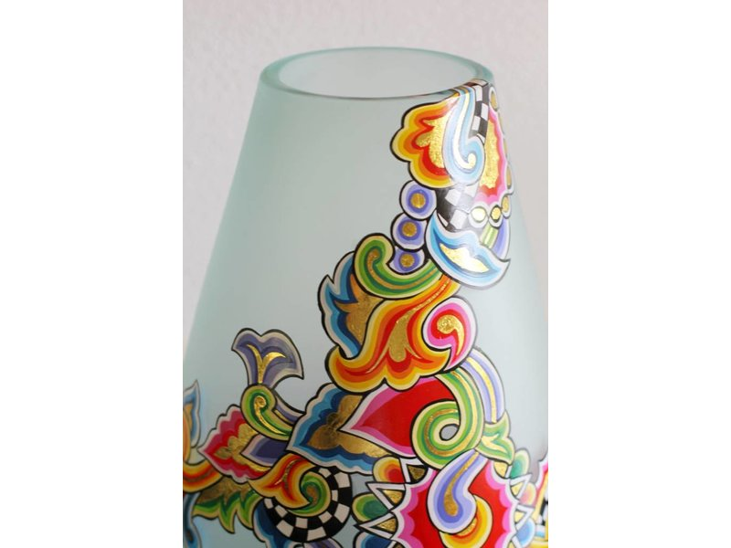 toms drag runde vase aus glas decovista interior design home. Black Bedroom Furniture Sets. Home Design Ideas