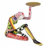 Toms Drag Acrobaat met schaal, zittend