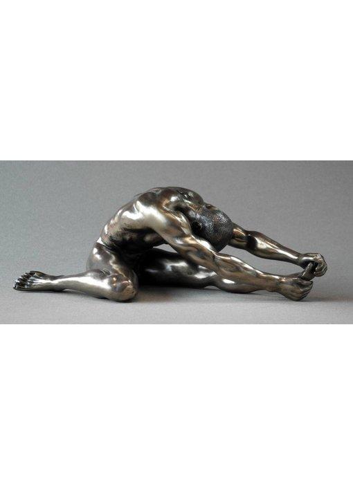 BodyTalk Bodybuilder sculpture - stretching