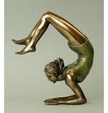 BodyTalk Yoga beeldje vrouw Vrischikasana