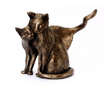 Frith Sculpture cats -  Making Friends