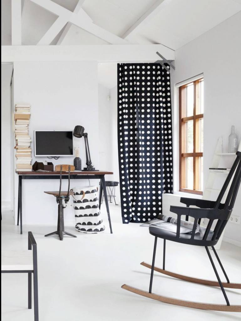 ferm living wasmand zwart wit katoen laundry basket half moon 40x60cm. Black Bedroom Furniture Sets. Home Design Ideas