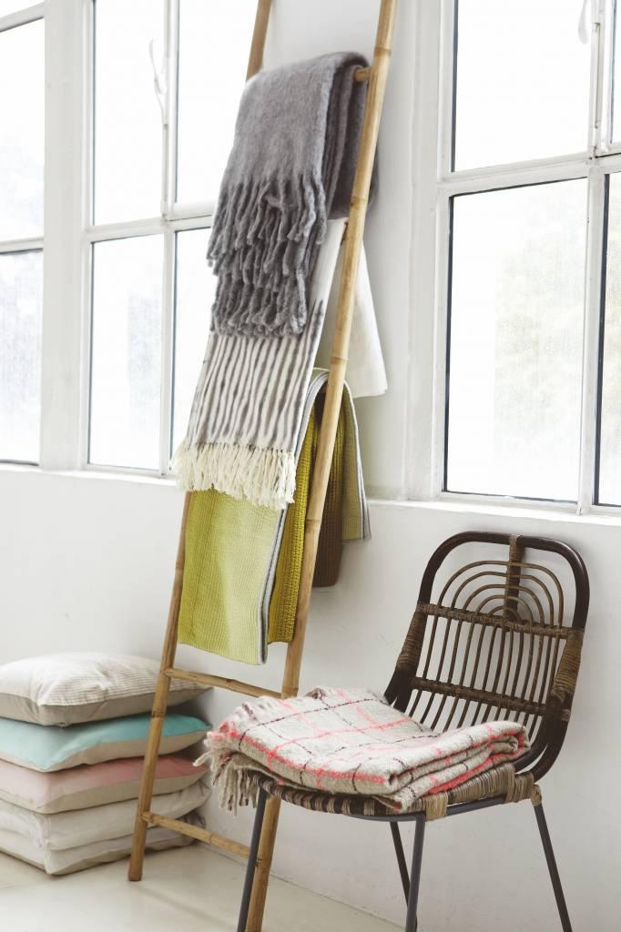 Housedoctor lounge stoel 39 kawa 39 metaal rattan zwart bruin for House doctor stoel