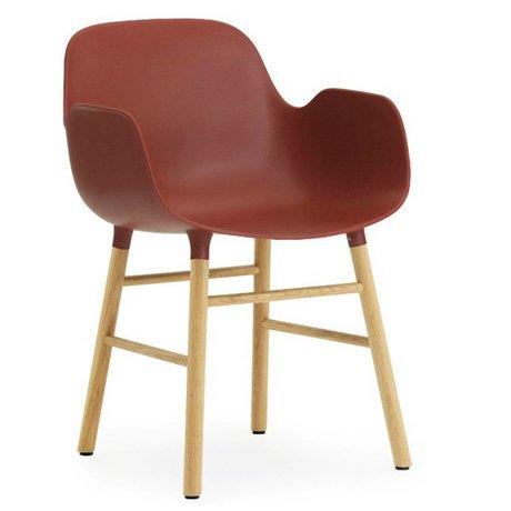 Normann Copenhagen Chair with armrest Form red plastic oak 79,8x56x52cm