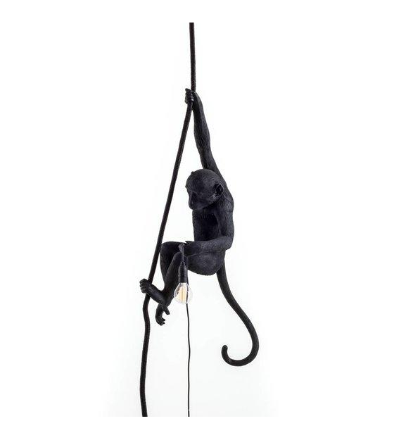 seletti la lampe de singe suspendu en nylon noir 27x30x80cm wonen met lef. Black Bedroom Furniture Sets. Home Design Ideas