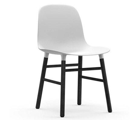 Normann Copenhagen Form-Stuhl aus schwarzem Kunststoff weiß Eiche 78x48x52cm