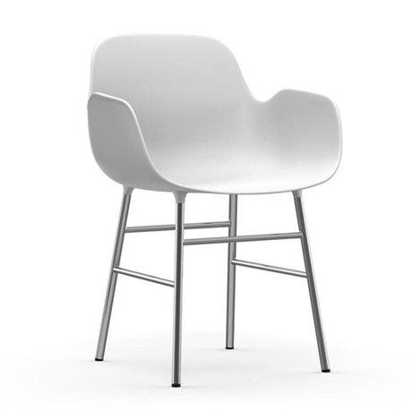 Normann Copenhagen Stoel met armleuning Form wit kunststof chrome 80x56x52cm