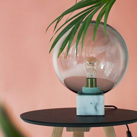 FÉST Tafellamp Muse, grijs, marmer glas, 30x30x45cm