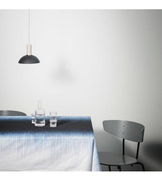 ferm living l 39 espoir lampe suspension haute m tal gris clair noir wonen met lef. Black Bedroom Furniture Sets. Home Design Ideas