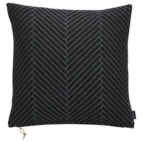 OYOY Sierkussen Fluffy Herringbone zwart katoen 50x50