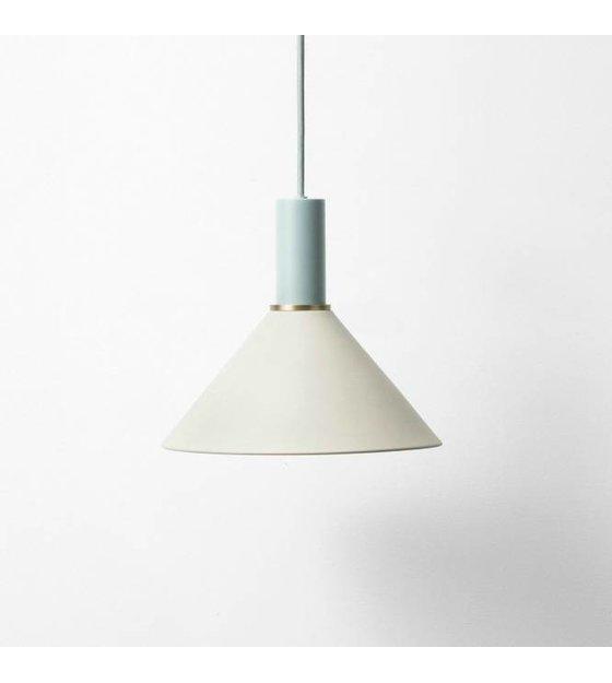 ferm living lampe suspension cone faible m tallique bleu clair gris poussi reux wonen met lef. Black Bedroom Furniture Sets. Home Design Ideas