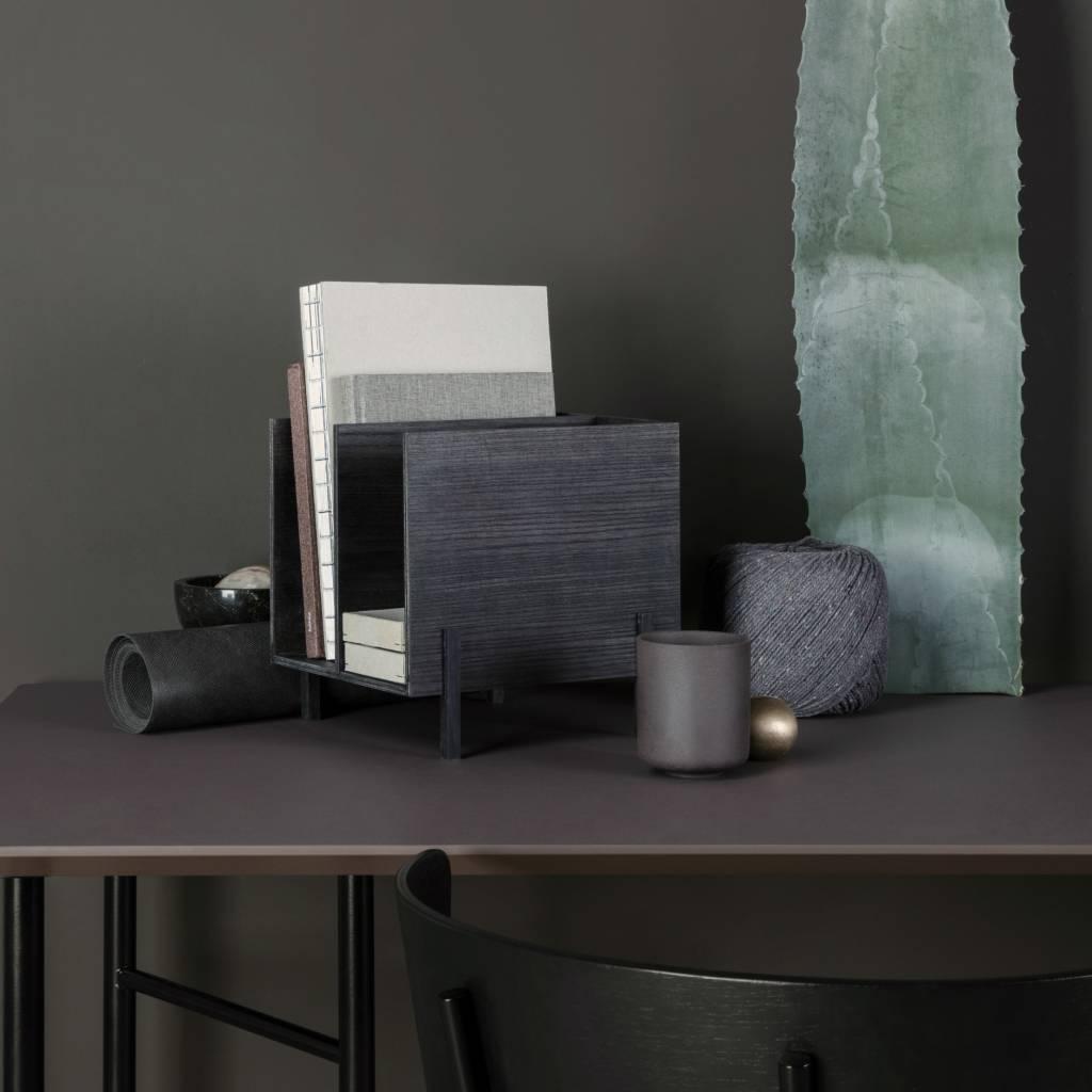 ferm living mischen sie sich tisch weinrot linoleum. Black Bedroom Furniture Sets. Home Design Ideas