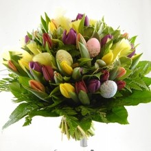 Easter bouquets with beautiful tulips (7 days vase warranty!)