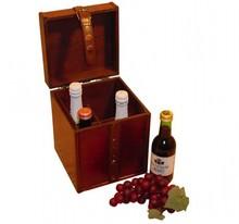 "Koloniale wijnkoffer ""Tirza"" (afmeting 180 x 175 x 229 mm)"