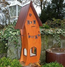 "Greenwood Bird Feeder House ""Good Feeling"""